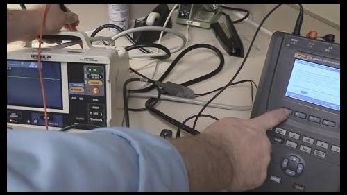 How to use on-board test automation for the LifePak20 defibrillator using the ESA614